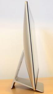 Cel mai bun computer compact - ASUS Zen AiO Pro - vedere laterala