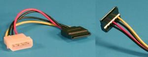 Conectorii unei surse de computer - Adaptor 4 pini (Molex) la 15 pini SATA