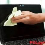 Cum se curata ecranul laptopului de acasa?