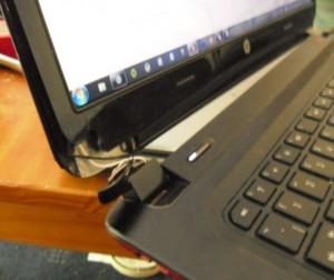 reparatii balamale laptop bucuresti pclaptop